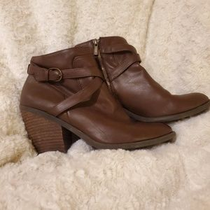 Lucky brand booties size 10